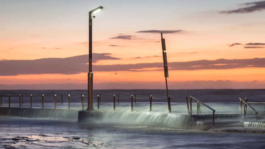 Mona Vale Rock Pool at high tide