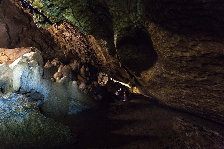 Spelunking in  Waipu Caves
