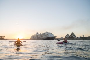 Sunrise Paddle Sydney Harbor 20185